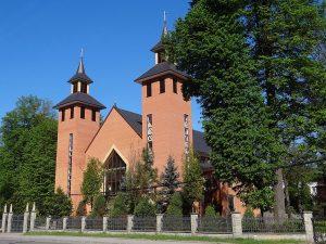 Tokarnia, Parafia Matki Bożej Śnieżnej