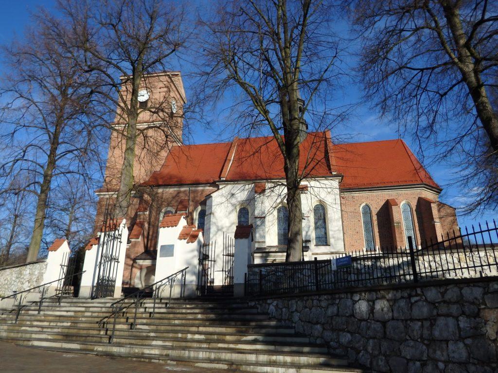 Bolechowice, Parafia Świętych Apostołów Piotra i Pawła