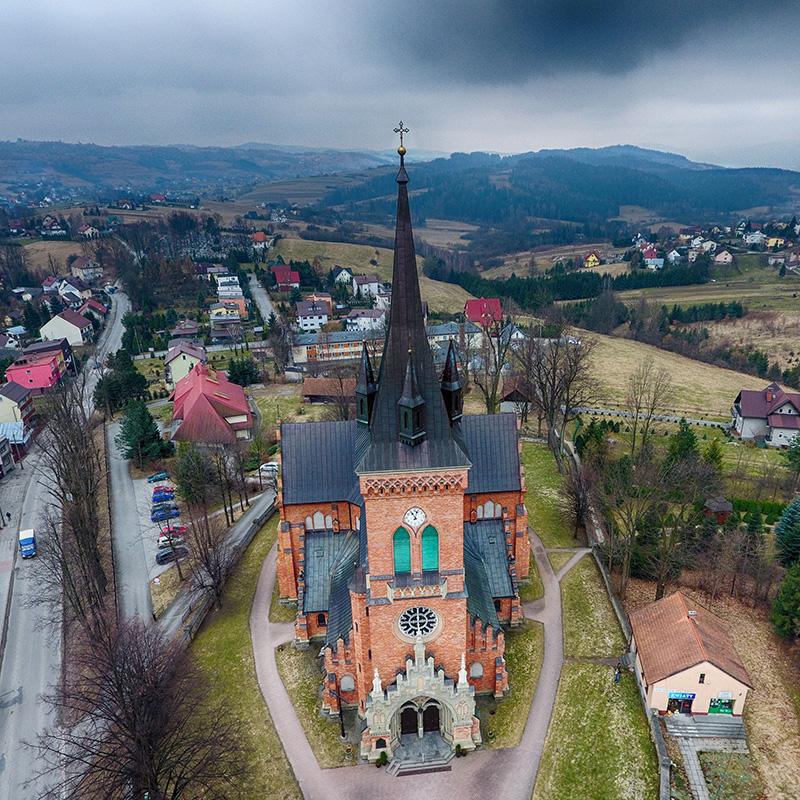 Jordanów, Parafia Przenajświętszej Trójcy