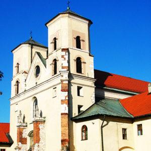 Kraków-Tyniec, Parafia Świętych Apostołów Piotra i Pawła