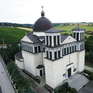 Michałowice, Parafia Najświętszej Maryi Panny Królowej Polski