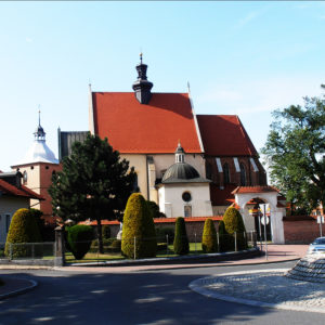 Niepołomice, Parafia Dziesięciu Tysięcy Męczenników