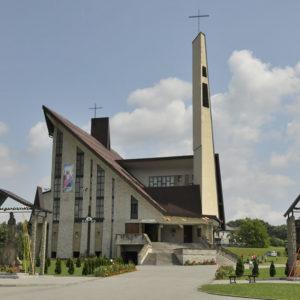 Osieczany, Parafia św. Wojciecha Biskupa Męczennika