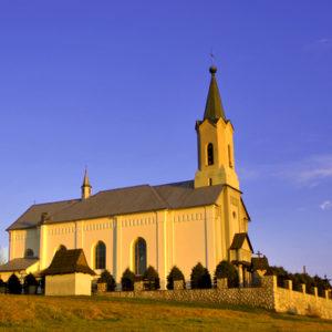 Piekielnik, Parafia św. Jakuba Apostoła