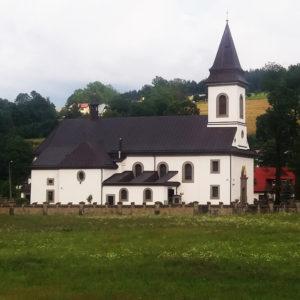 Raba Wyżna, Parafia św. Stanisława Biskupa i Męczennika
