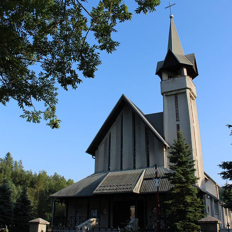 Sieniawa, Parafia św. Antoniego