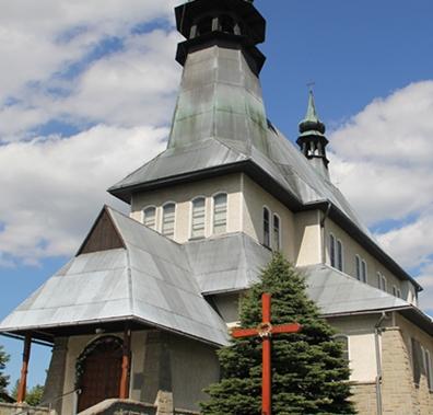Zubrzyca Dolna, Parafia Matki Bożej Szkaplerznej