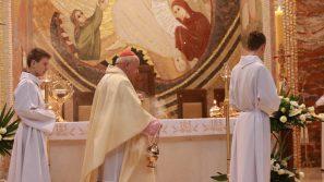 """""""Wszystko dla Serca Jezusowego"""". Eucharystia w trzecią rocznicę beatyfikacji Matki Klary Ludwiki Szczęsnej"""