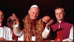 """Papież z """"dalekiego kraju"""". 43. rocznica wyboru kard. Karola Wojtyły na papieża"""