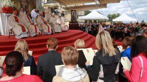 Szczęście rodzinne budujcie na Eucharystii