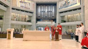 Bp Pindel w Centrum Jana Pawła II: odwaga papieża dodawała odwagi do przeciwstawiania się złu