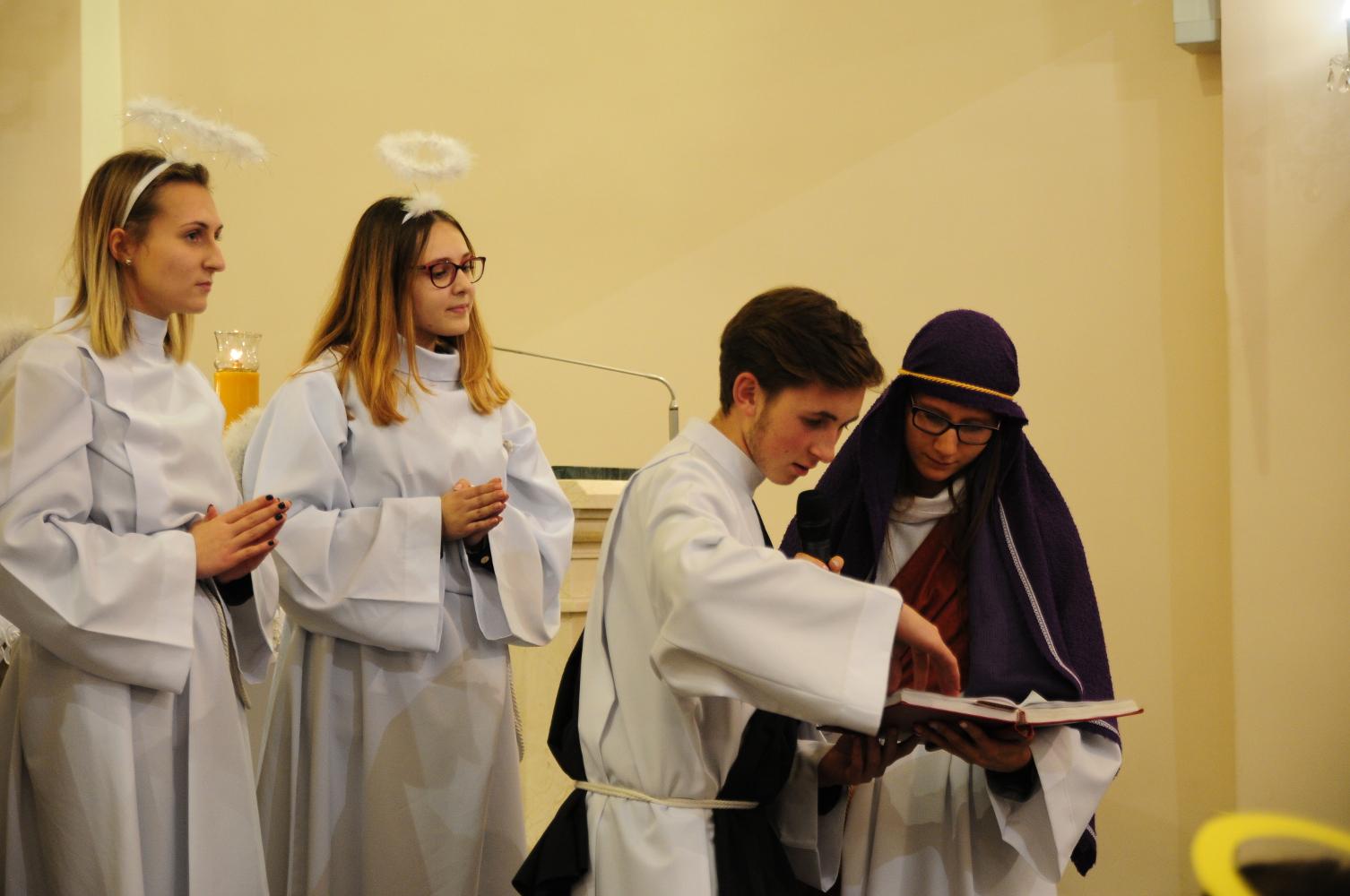 Śladami Maryi ku świętości