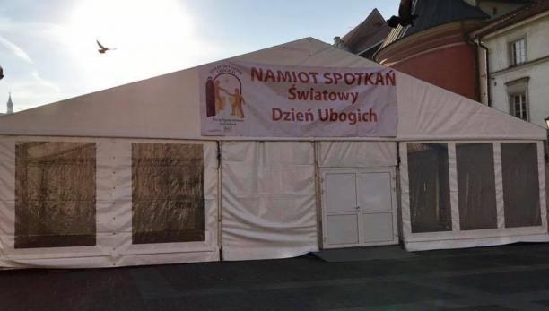 Na Małym Rynku stanął Namiot Spotkań