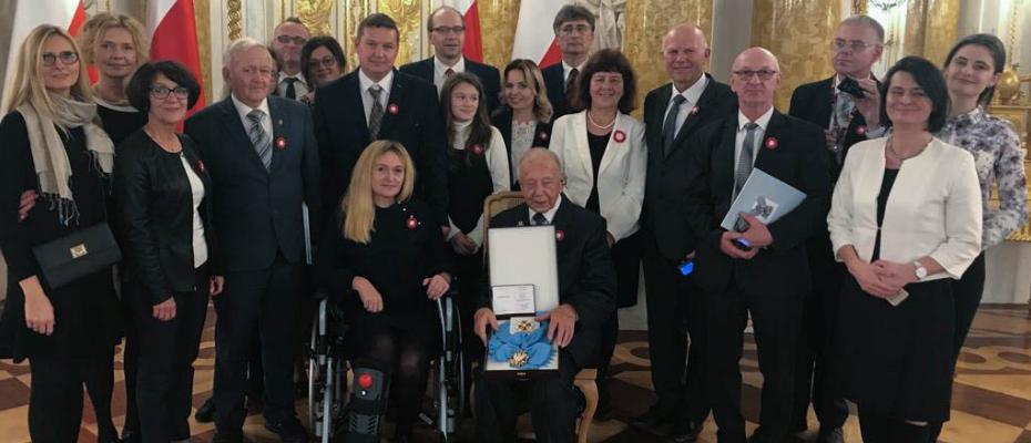 Abp Antoni Baraniak uhonorowany Orderem Orła Białego