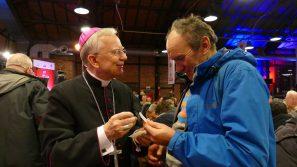 Metropolita zaprasza ubogich i samotnych na Wigilię Caritas