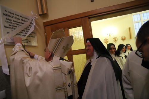 Poświęcenie kaplicy Domu Zgromadzenia Sióstr Karmelitanek Dzieciątka Jezus