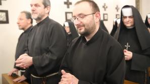 Bp Jacek Kiciński: Osoby konsekrowane – znakiem wieczności