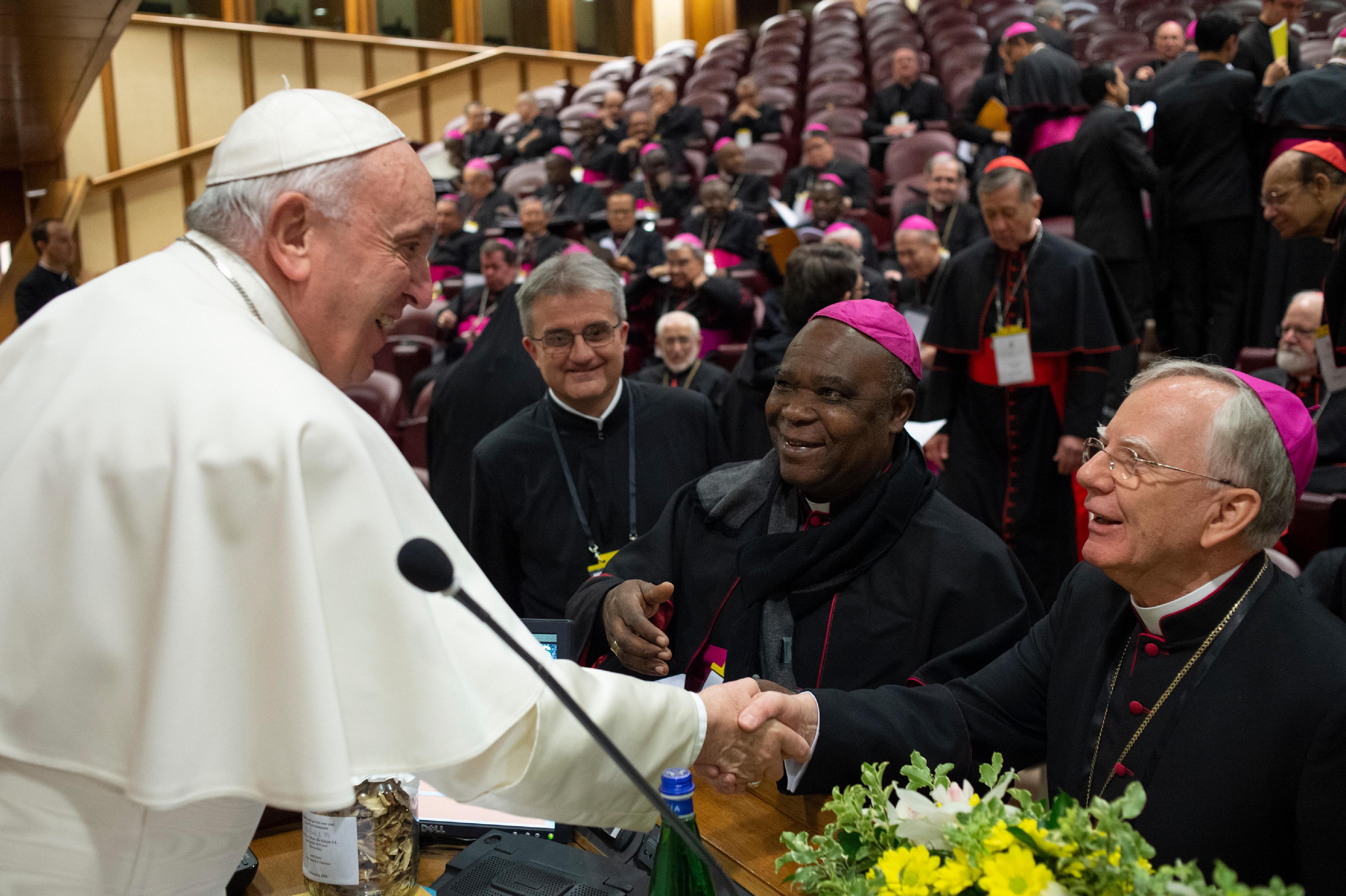Poczuwamy się do odpowiedzialności. W Watykanie trwa konferencja o ochronie małoletnich w Kościele