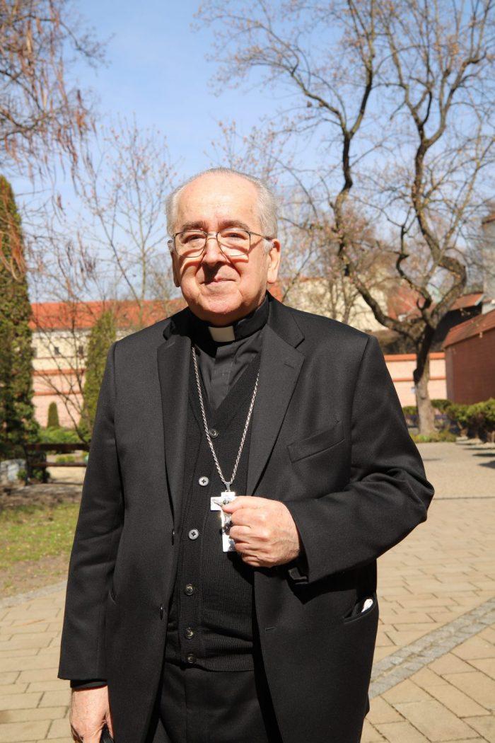 Kard. Stanisław Ryłko: Spotkałem w swym życiu wielu świętych kapłanów
