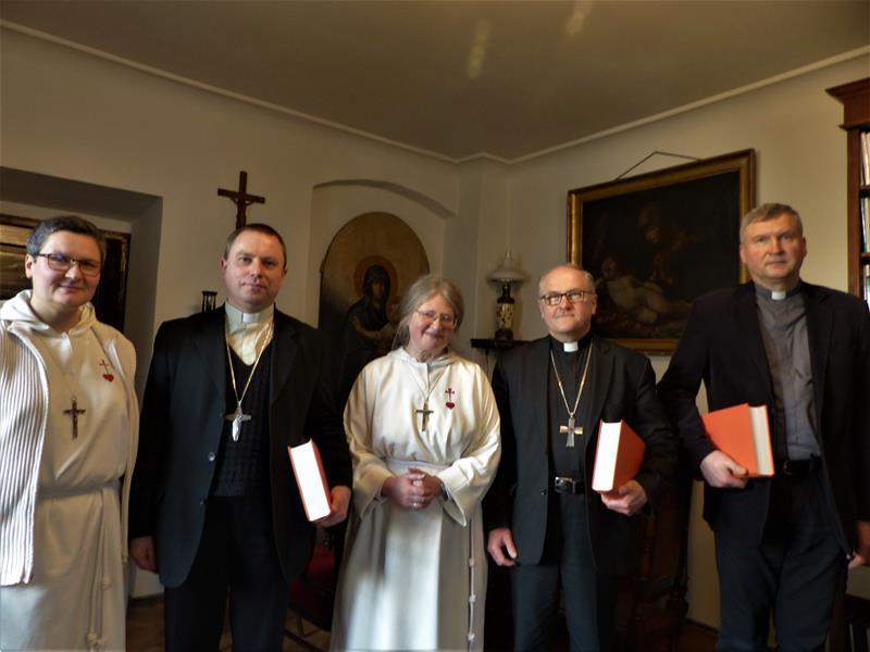 Goście z Litwy u błogosławionego Michała