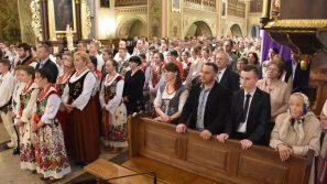Abp Jędraszewski: Miłość prowadzi do zwycięstwa