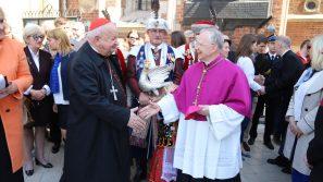 Abp Jędraszewski: Ostateczne zwycięstwo należy do Chrystusa. Święcenie pokarmów wielkanocnych w Krakowie