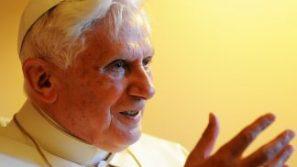 """Benedykt XVI: """"Kościół a skandal wykorzystywania seksualnego"""" pełny tekst polski."""