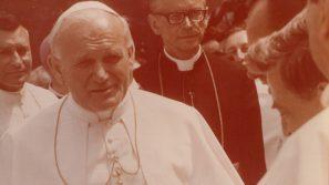 """Tożsamość, świadectwo i uczestnictwo. """"Pielgrzymka Jana Pawła II z 1979 roku jako nowy powiew Ducha ku wyzwoleniu Europy Środkowo-Wschodniej, początek nowej Ostpolitik"""""""