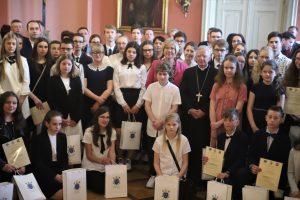 Uroczyste wręczenie nagród laureatom konkursów biblijnych