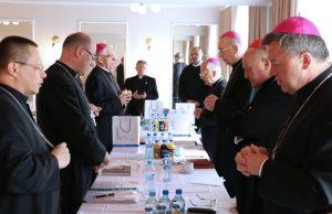 Przewodniczący po obradach Rady Stałej KEP: dobro skrzywdzonych jest dobrem Kościoła