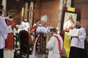 Uczniowie Jezusa powinni odważnie głosić prawdę, w porę i nie w porę. Święcenia prezbiteratu w Bazylice Najświętszego Serca Pana Jezusa w Krakowie.