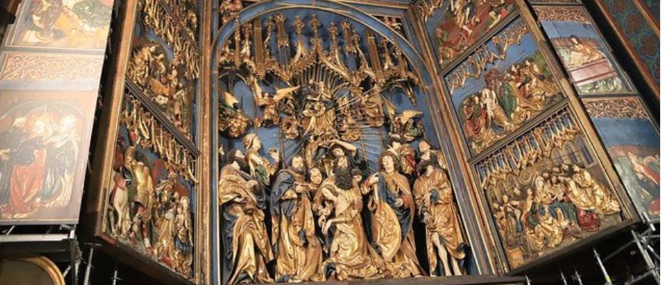 Rozpoczyna się konserwacja głównej części ołtarza Wita Stwosza