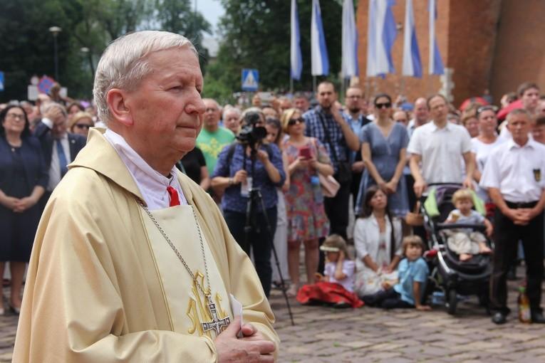 Trzy święta biskupa od Bożego miłosierdzia
