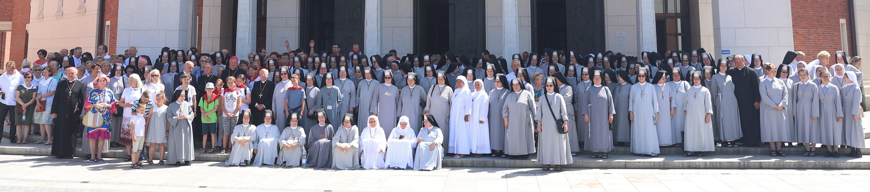 Zapatrzone w Serce Zbawiciela. 125. rocznica powstania Zgromadzenia Służebnic Najświętszego Serca Pana Jezusa.