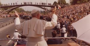 """""""Musicie być mocni mocą wiary, nadziei i miłości"""". Ostatni etap I Pielgrzymki Jana Pawła II do Ojczyzny"""