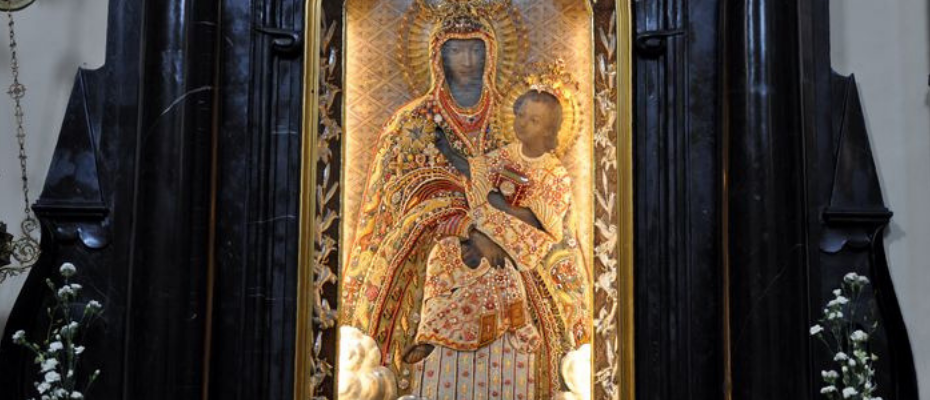 Trwa nowenna przed uroczystością Matki Bożej Szkaplerznej w Czernej