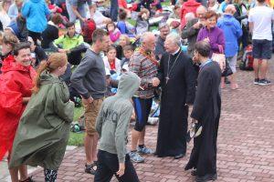 Kościół buduje się na świadectwie. Msza św. dla uczestników 39. Pieszej Pielgrzymki Krakowskiej.