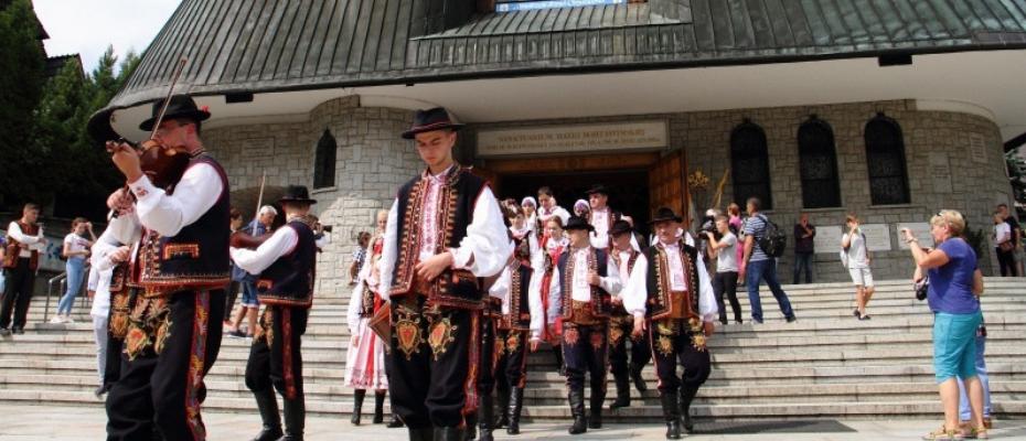 Na Krzeptówkach odbyła się modlitwa w intencji ofiar tragedii w Tatrach