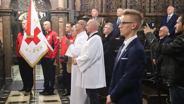 Abp Jędraszewski: Krzyż wzywa, aby być miłosiernym jak sam Ojciec.