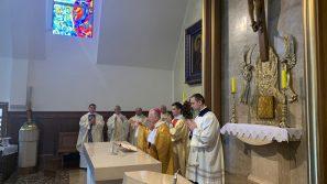 W Kościele rozwija się Boże życie – Poświęcenie Kościoła w Bęczarce