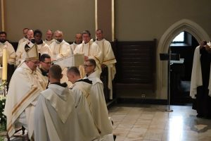 Bp Mastalski: Kapłan to sługa, przewodnik i świadek Chrystusa w świecie.
