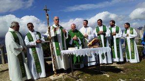 """Abp Marek Jędraszewski: """"W górach – bliżej Boga. Śladami św. Jana Pawła II."""""""