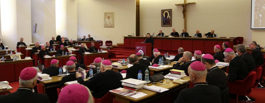 Biskupi podjęli decyzję o powołaniu fundacji wspierającej budowanie skutecznego systemu pomocy dla skrzywdzonych oraz prewencji w Kościele