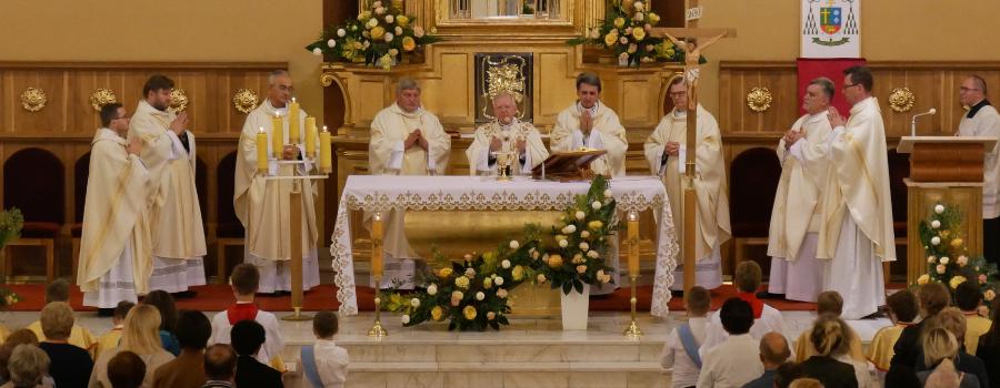 Abp Jędraszewski: Gromadźmy skarby w niebie
