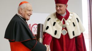"""Mieć """"takzatak,niezanie/ Bez światłocienia"""" – inauguracja roku akademickiego Uniwersytetu Papieskiego Jana Pawła II w Krakowie"""