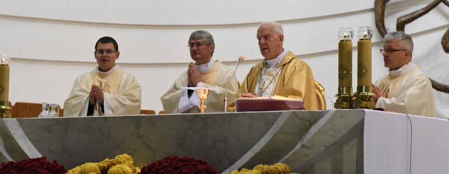 U Źródła. Świeccy w życiu Kościoła