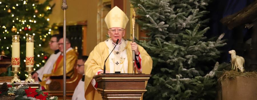 Abp Marek Jędraszewski w Uroczystość Świętej Bożej Rodzicielki: Przez Maryję do Jezusa