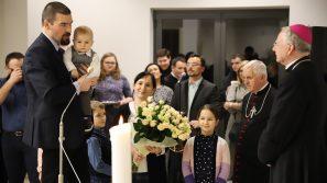 Abp Marek Jędraszewski do rodzin i małżeństw: Tylko człowiek wpatrzony w Chrystusa odkrywa pełną prawdę o sobie