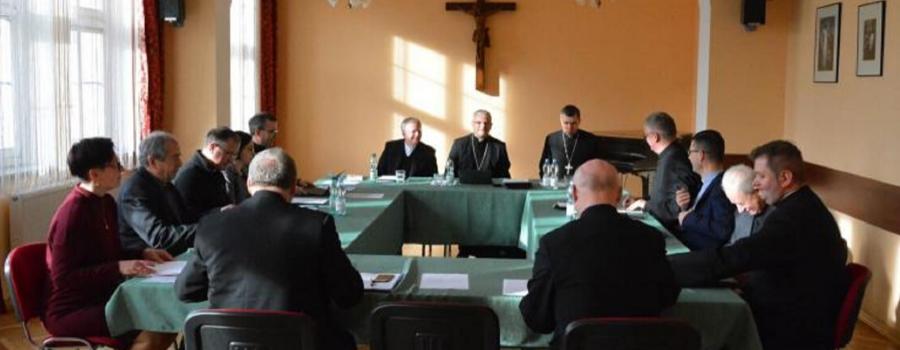 Komisja Wychowania Katolickiego KEP w pełni popiera i solidaryzuje się z wypowiedziami abp. Marka Jędraszewskiego