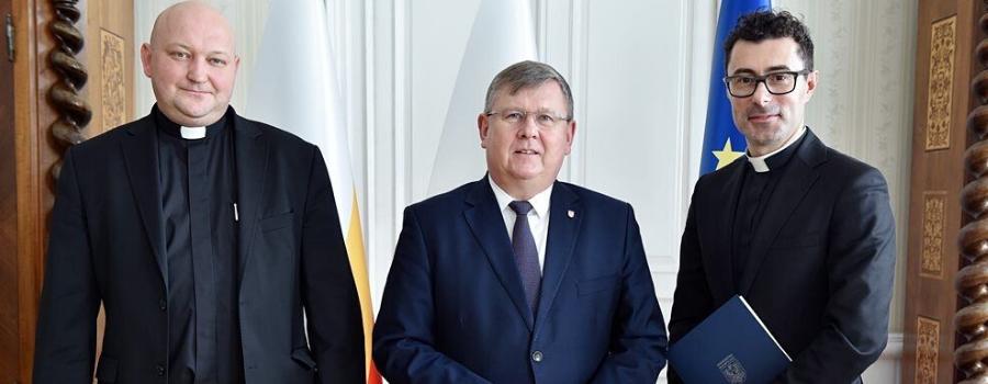 Ks. Łukasz Piórkowski dyrektorem Muzeum Dom Rodzinny Ojca Świętego Jana Pawła II wWadowicach